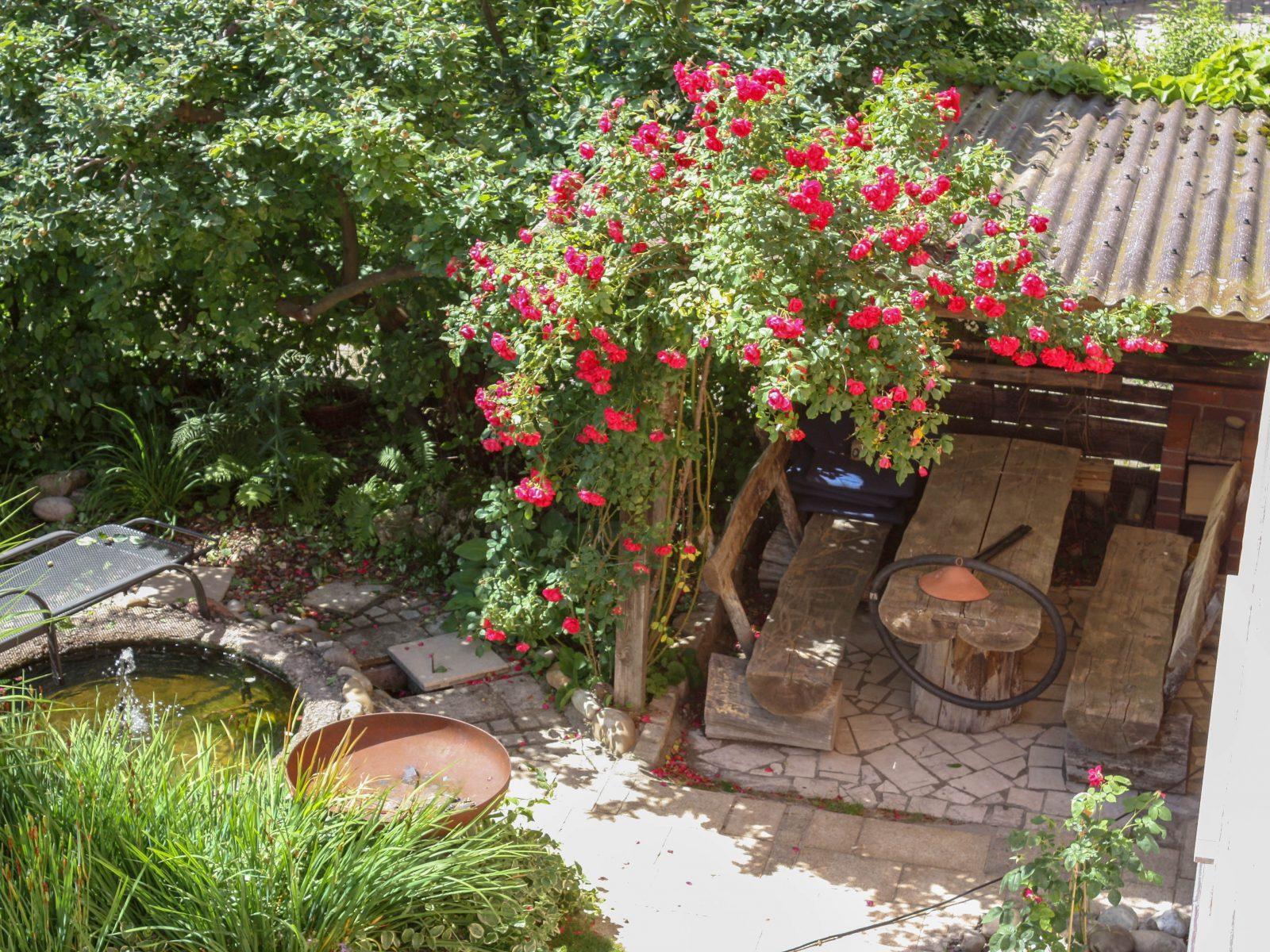 das gartenhaus wind und wetterfest machen native plants gartenblog. Black Bedroom Furniture Sets. Home Design Ideas