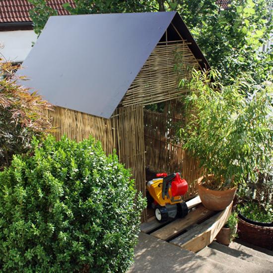 Kinderspielhaus aus Bambusstäben selber bauen